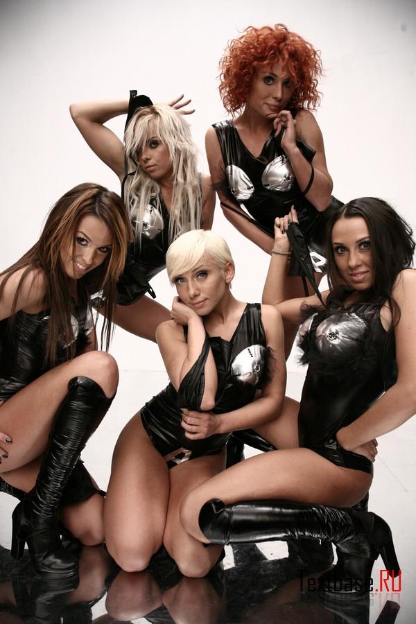 группа армия фото голые